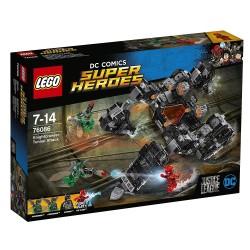 Lego 76086 Ataque subterráneo del Knightcrawler