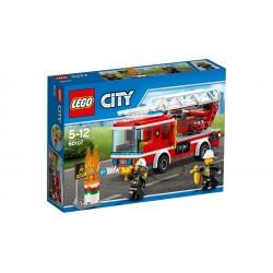 Camión de bomberos con escalera