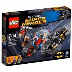 Batman™: persecución en moto por Gotham City