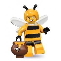 Chica abeja
