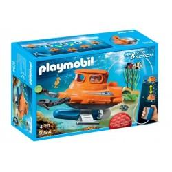 Submarino con motor