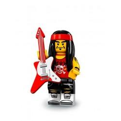 Rockero con gong y guitarra
