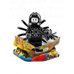 Chico con Disfraz de Araña
