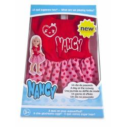 Nancy 700013851 Pack de Ropita, Un Día de Pasarela